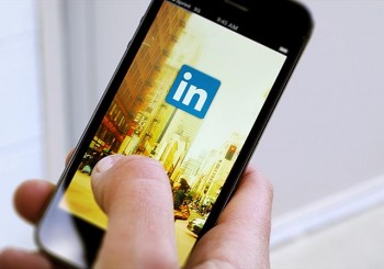 $11bn wiped off Linkedin value as shares dive over 40pc